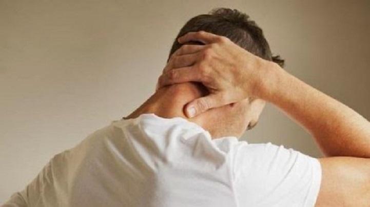 Mengobati Sakit Kepala Belakang dengan Cepat dan Alami