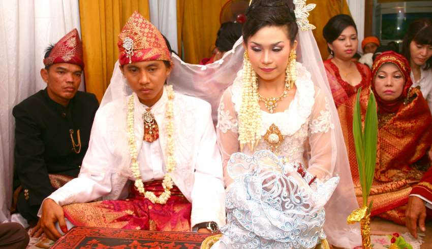 Waspadai Usia Pernikahan Rawan Konflik dan Faktor Pemicunya