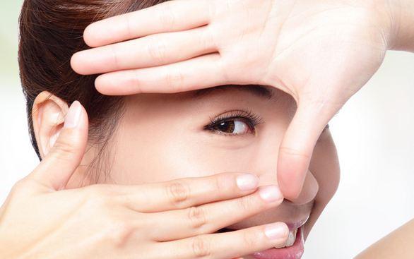 10 Tips Menjaga Kesehatan Mata Secara Alami yang Mudah Dilakukan